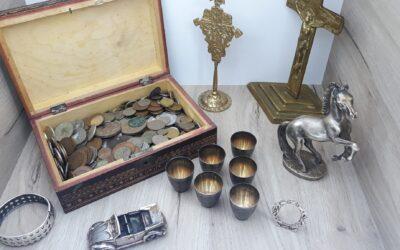 Târg de vechituri, antichități si obiecte de colecție!