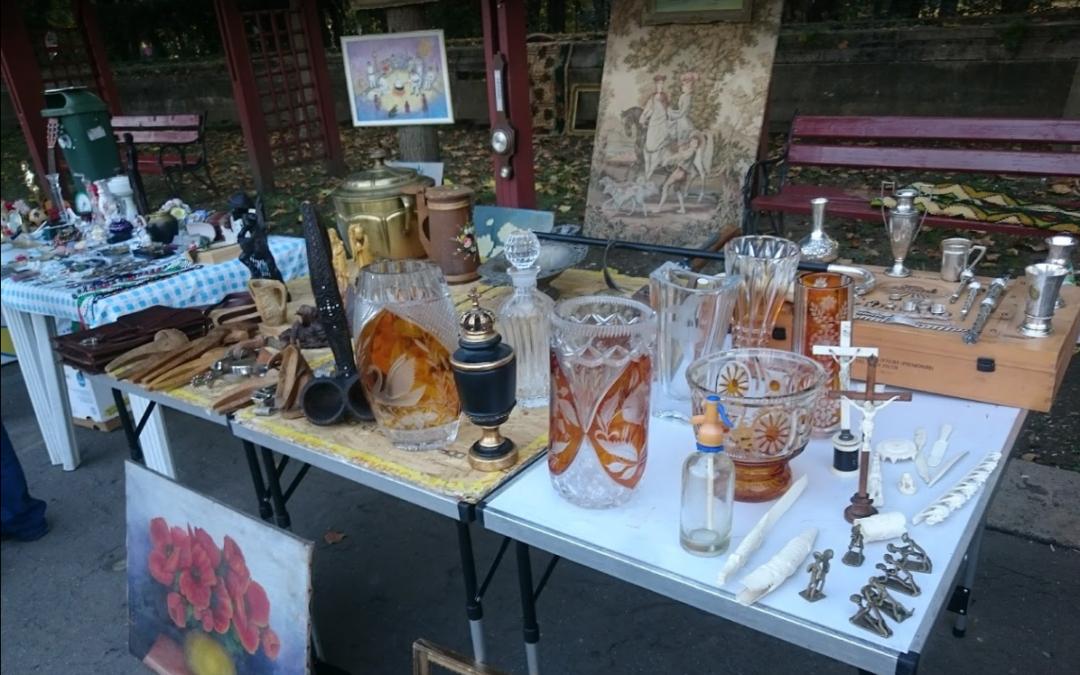 Târg de vechituri in parcul Carol, Bucuresti – Antique Weekend Market –